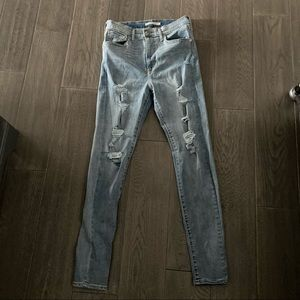 Levi's Mile High skinny jeans, size 28
